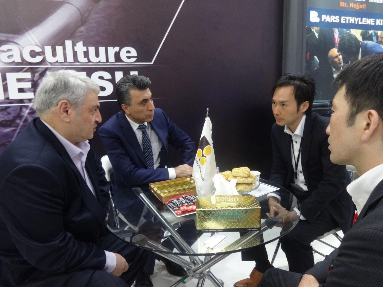 بازدید مقامات عالی رتبه لشگری و کشوری از پارس اتیلن کیش