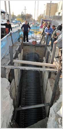 اجرای خط اصلی انتقال فاضلاب در منطقه 11 تهران