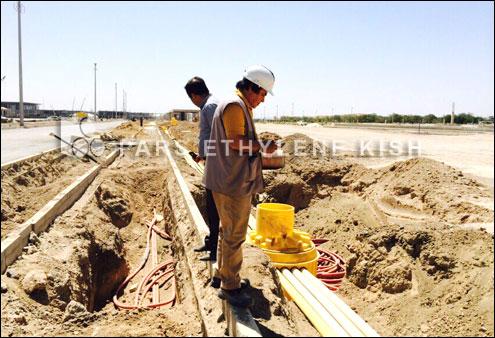 کاربرد منهول و لوله پلی اتیلن در کاورینگ کابل