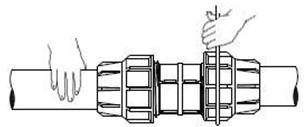 نصب اتصالات پیچی پلی اتیلن